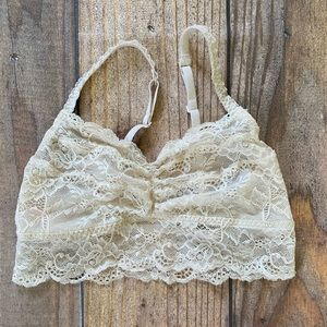 PINK Victoria's Secret Cream Lace Bralette
